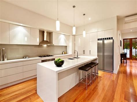 Modern Kitchen Layout Ideas by Modern Island Kitchen Design Using Hardwood Kitchen