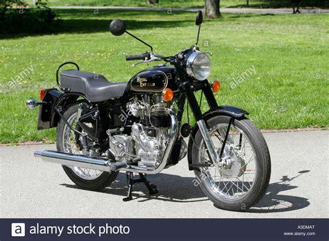 Enfield Motorrad Bilder by Royal Enfield Bullet 500 Motorrad Stockfoto Bild