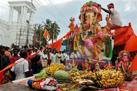 Home Decoration Of Ganesh Festival by Fairs And Festivals In September In India 2015 Holidify