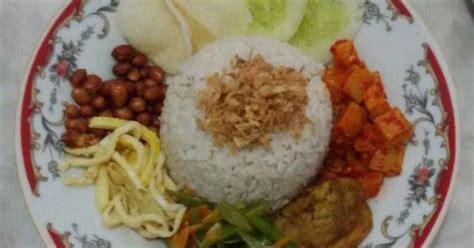 Kerupuk Vegetarian resep nasi lemak vegetarian oleh winny sutio cookpad