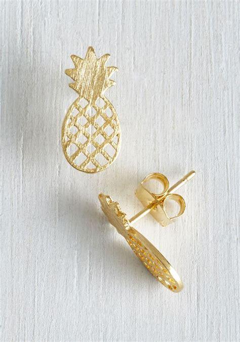 Anting Topi By 20 model anting emas tercakep cuakep