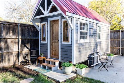tiny house cottage tiny house swoon