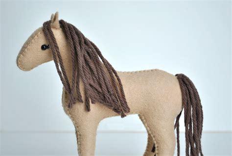 felt horse pattern free felt horse sewing kit delilah iris