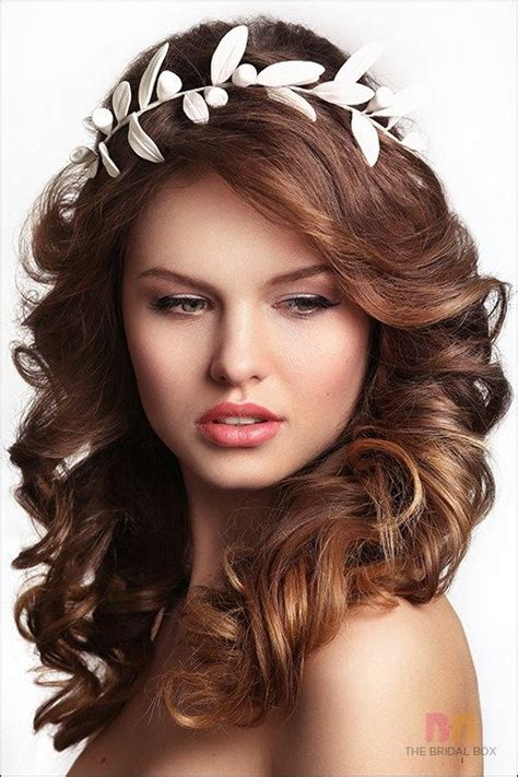 Wedding Hairstyles For Faces by Best 25 Hairstyles For Faces Ideas On