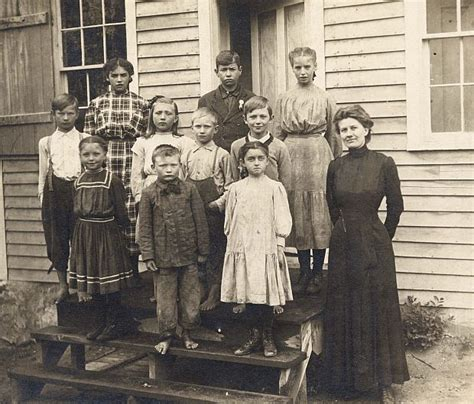 what is a one room schoolhouse the one room school house on school desks schools and school days