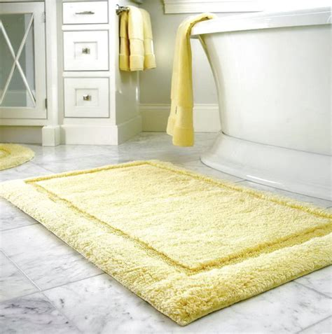 Yellow And White Bath Rug Home Design Ideas Yellow Bathroom Rugs