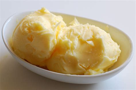 Handmade Butter - how to make butter