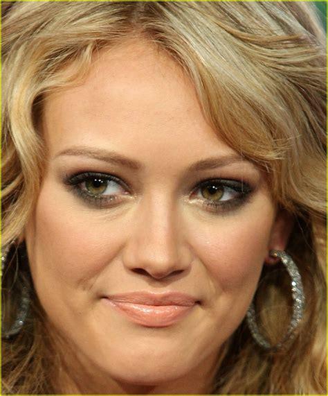 Hilary Duff On Trl by Hilary Duff Declares War On Trl Photo 1099681 Hilary