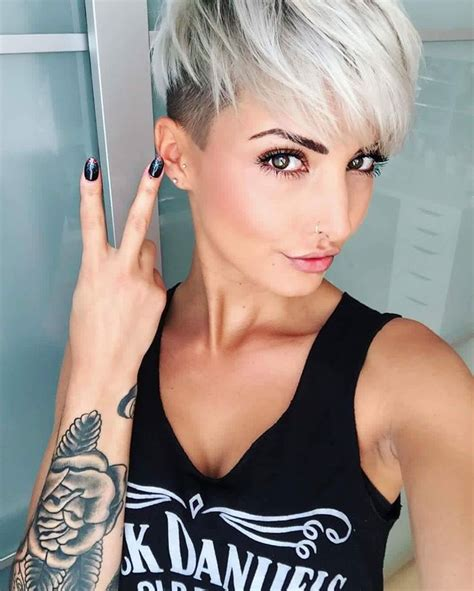 woman short hair cut with a defined point in the back best 25 pixie cut color ideas on pinterest pixie cuts