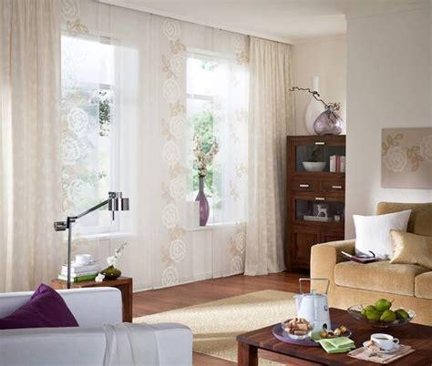 blumen fürs fensterbrett wohnzimmer wandgestaltung