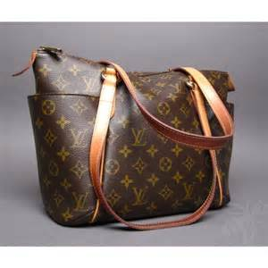 Cowhide Handbag Authentic Louis Vuitton Monogram Totally Pm Shoulder Bag