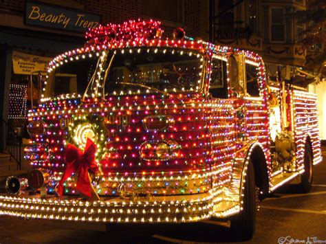collingswood christmas fire truck each tiny little light