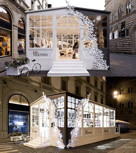 How To Spell Chandelier Best 25 Pop Up Shops Ideas On Pinterest Shop Up Pop Up