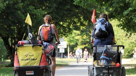 Motorrad Fahren Kinder Berlin by Praktisch Und Sperrig Fahren Mit Radanh 228 Nger 252 Ben Auto