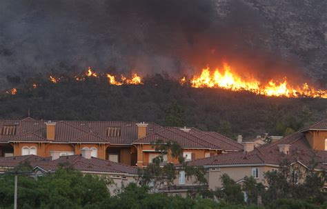 san marcos ca news firefighters prepare aerial assault on san marcos blaze