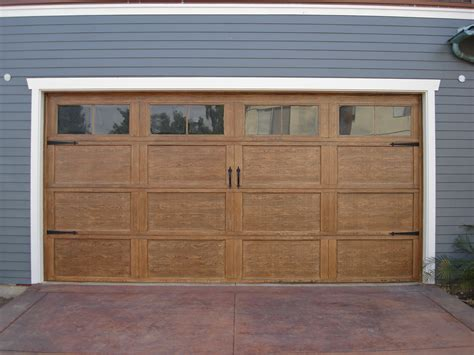 Craftsman Style Garage Doors Homesfeed Garage Doors