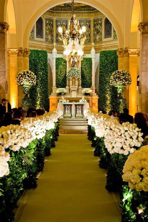 Wedding Up Aisle by Wedding Aisle Decor Enchanted Florals How To Dress Up