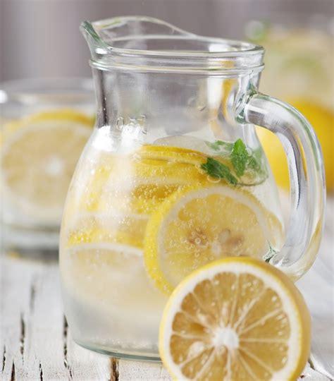 limonata fatta in casa limonata fredda fatta in casa risparmiare di mammafelice