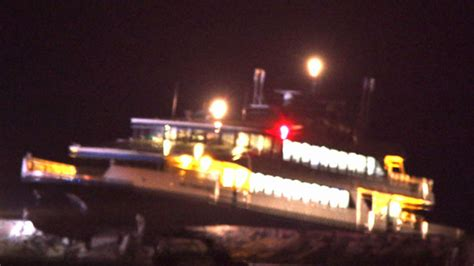 boat crash hyannis hyannis ferry crash injuries reported as high speed boat