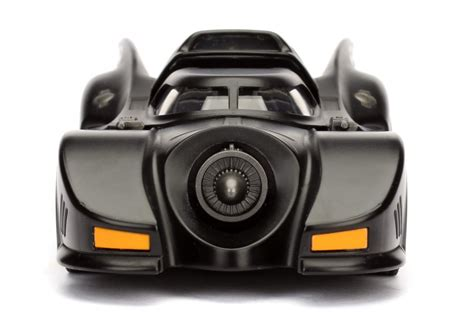 Aoshima Batman Returns 1989 Batmobile 132 Scale Model Kit 1 24 batmobile w batman figure batman 89 metals die cast