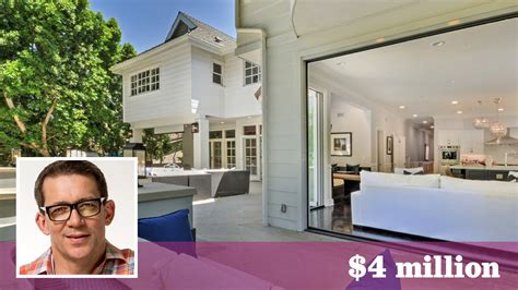 robbing houses veronica mars creator rob thomas lands a traditional spot in encino hartford courant