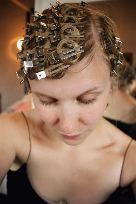 lisa valde pin curls and vintage beauty