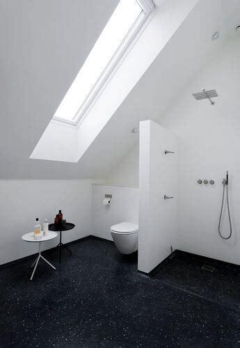 höhe armatur badewanne badkamer met schuin dak 8 voorbeelden ter inspiratie ik