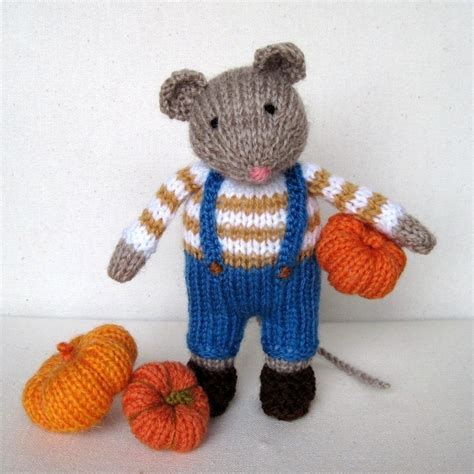 knitting pattern software free pip the mouse and pumpkins knitting pattern instant