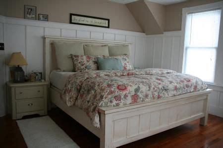 farmhouse storage bed  hinged footboard