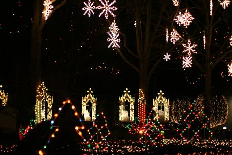 best place to see christmas lights in new york city the best places to see christmas lights in new england