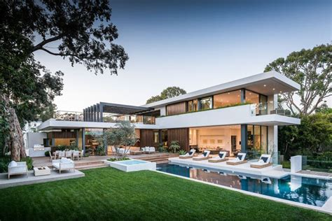 home entertaining this california home was definitely designed for outdoor