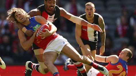 afl s embarrassing wooden spoon gaffe following saints v