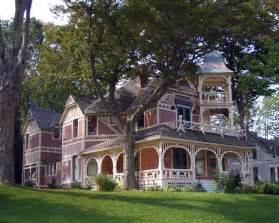 Victorian House Style Upside Down Home Houses Pinterest