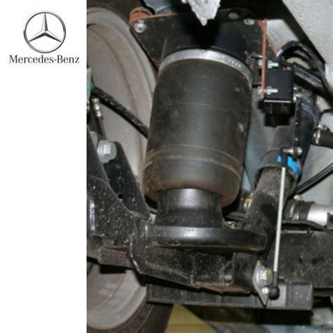 cadenassage des raccords pneumatiques de la remorque suspension full air mercedes viano w639 2004 224 2014