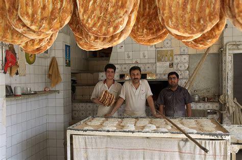 file bakery bakers and bread in tehran jpg