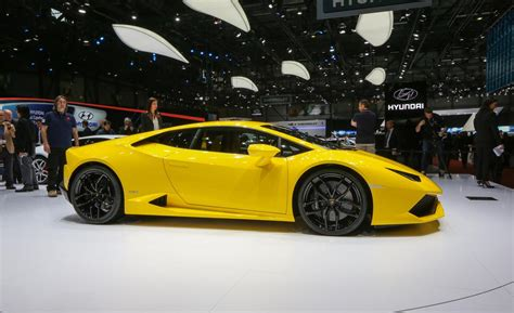 Lamborghini Price In India Price Of Lamborghini Hurac 225 N Lp 610 4 2016 Lamborghini