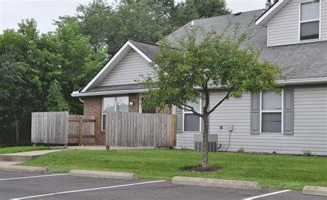 3 bedroom houses for rent in newark ohio newark village square rentals newark oh apartments com