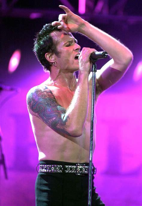 best alternative singers 25 best ideas about alternative rock bands on