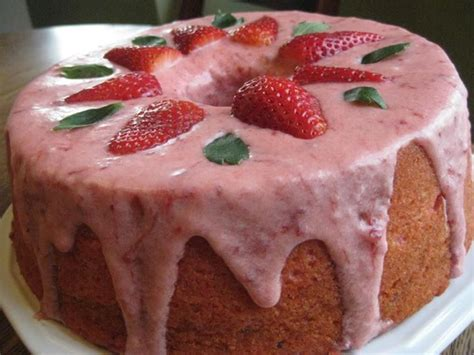 1000 ideias sobre torta de morango fantasia no - Country Kitchen Strawberry Pound Cake