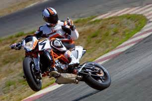 Make A Roll Away 2013 ktm 690 duke r please come to america asphalt