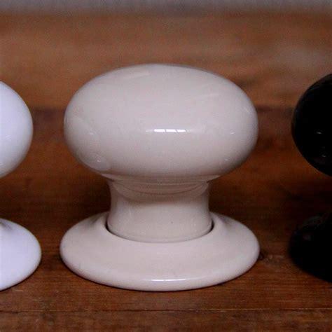 Ceramic Door Knobs Uk by Ceramic Door Knobs Plain