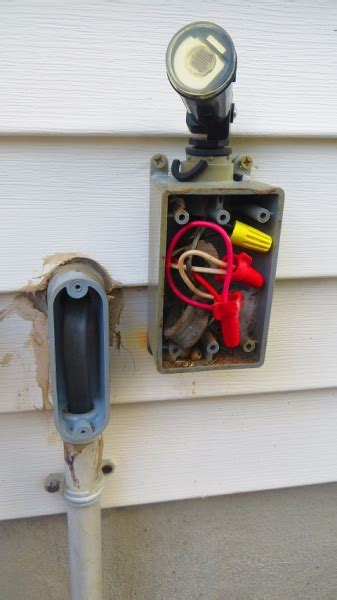 Outdoor Outlet Wiring Help With Black Red And White
