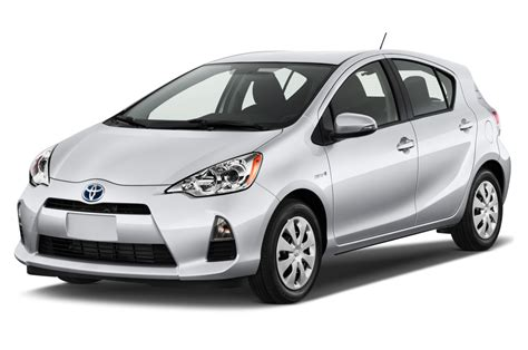 autos toyota 2014 toyota prius c reviews and rating motor trend