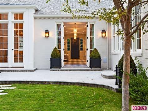 gwyneth paltrow  chris martins  california mansion