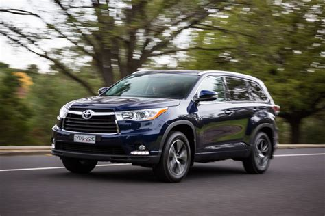 toyota awd cars 2016 toyota kluger gxl awd review caradvice