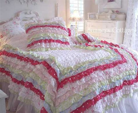 handmade bedroom decorating ideas textured bedding sets add flare and charm to bedroom decorating ideas