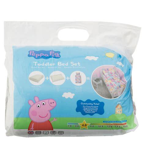 peppa pig bed set peppa pig toddler bed set bedding duvets
