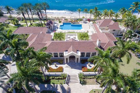 trump mansion trump struggling to sell his gaudy caribbean mansion