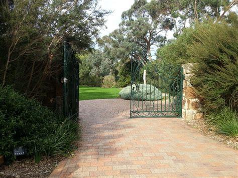 George Pentland Botanic Gardens The Pines Flora And Fauna Reserve Melbourne