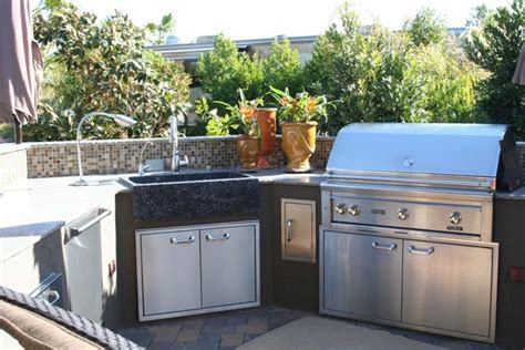 outdoor kitchen sink station outdoor kitchen building
